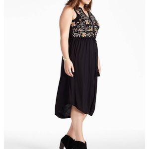 NWT 2X Lucky Embroidered Dress